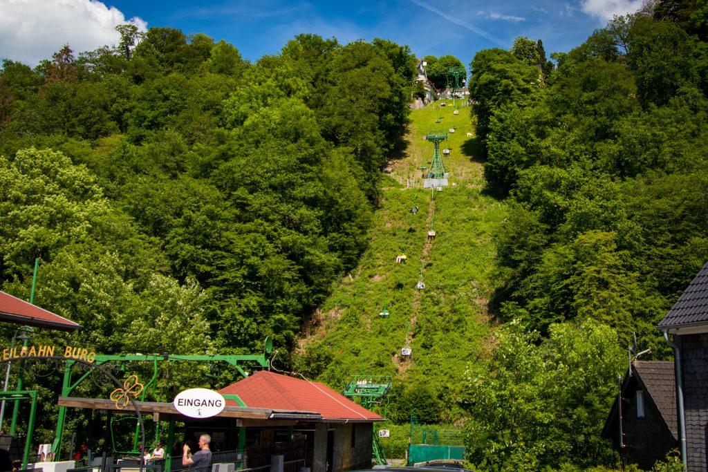 Fahrradtour im Bergischen Land - Seilbahn Burg