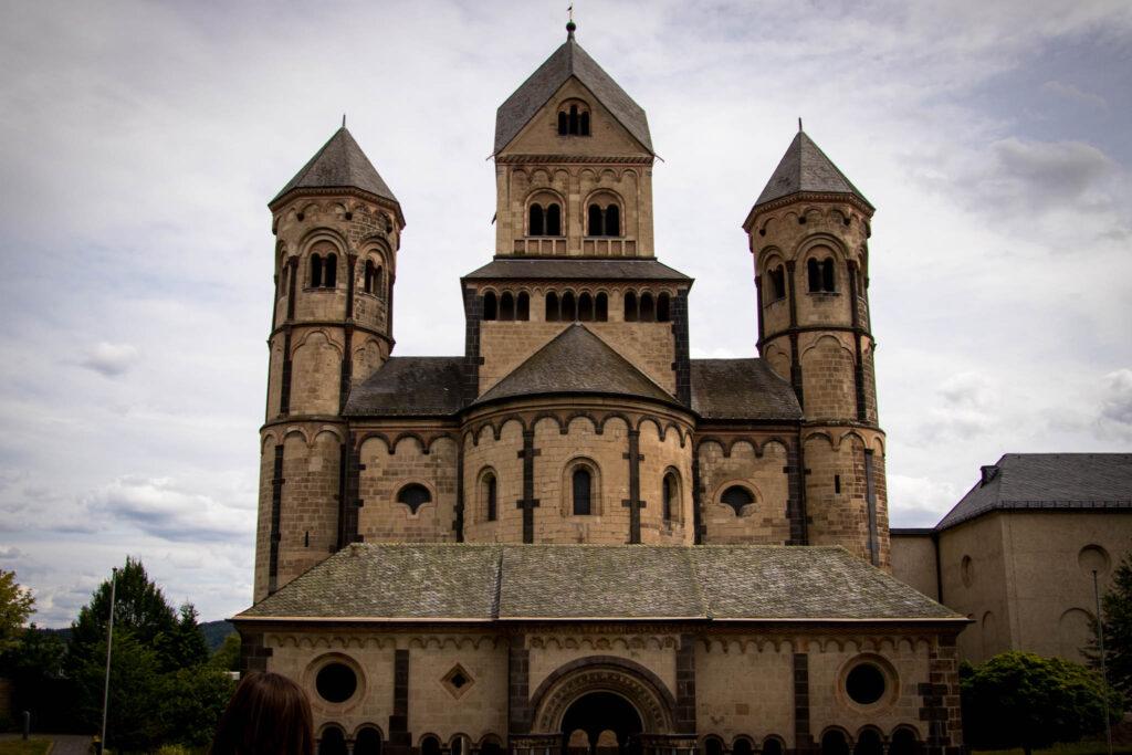 Wanderung um den Laacher See - Abteikirche Maria Laach