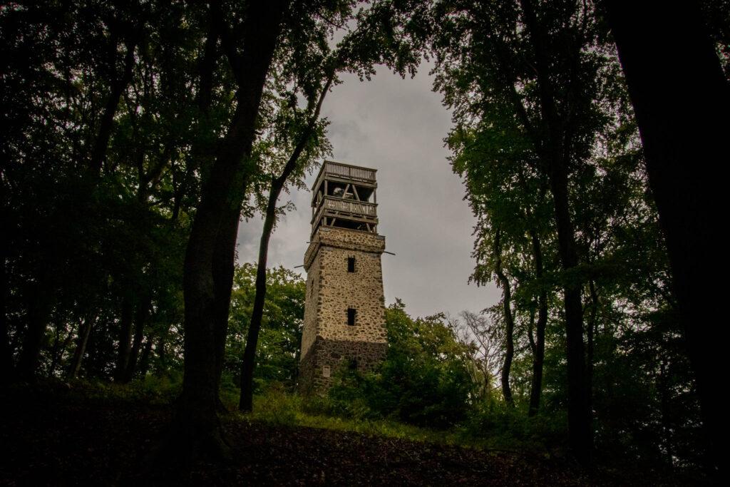 Wanderung um den Laacher See - Der Lydiaturm