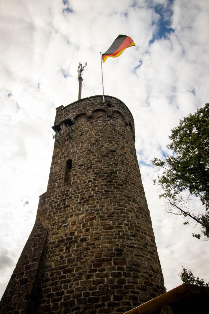 Wandern auf dem Streifzug Nr. 14 - Höhlenweg Engelskirchen - Haldyturm