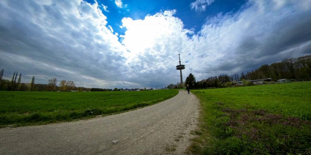 Wanderung von Witzhelden aus rund um die Sengbachtalsperre nach Schloss Burg